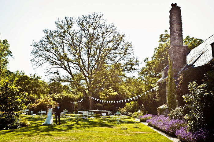 Vintage Wedding in the Garden