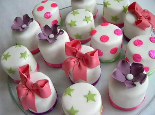 Mini Wedding Cakes Wedding Favours