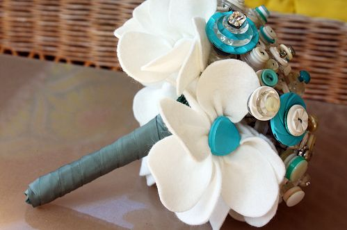 Vintage Brooch & Button Wedding Bouquet