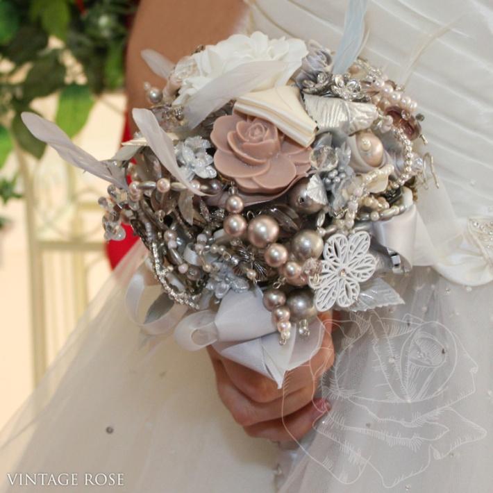 Handmade Vintage Brooch Bouquet