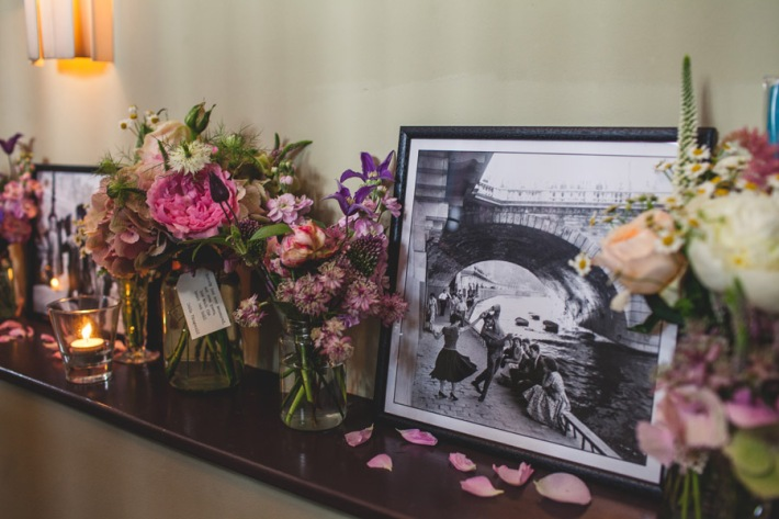 Vintage Photos and Flowers Wedding Decor