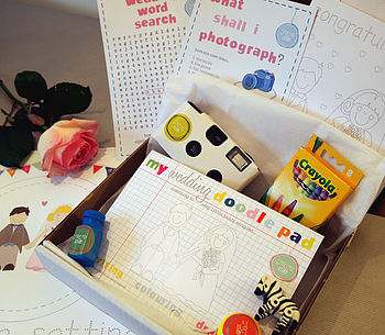 Age 6-9 Wedding Craft Box from YoYo-Me