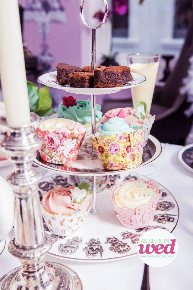 Beautiful Cupcakes in Beautiful Cases