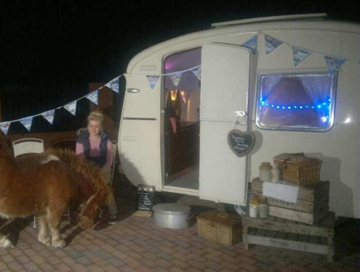 Bessie the Caravan at Christmas