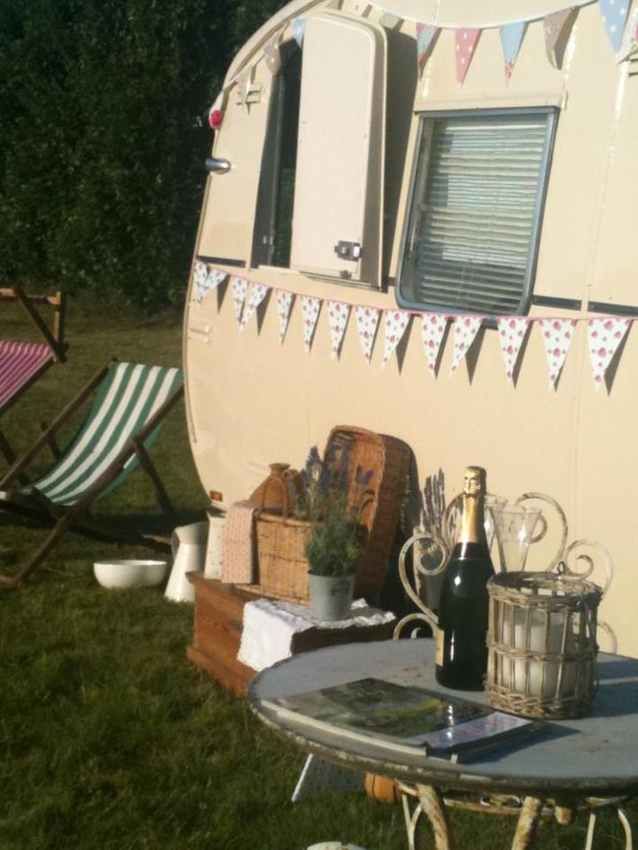 Bessie could be perfect for drinks on arrival at your wedding
