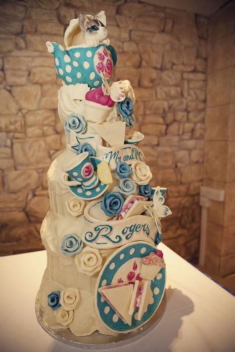 Choccywoccydoodah Bespoke Wedding Cake