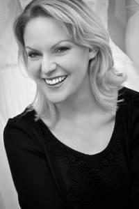 Annalise Harvey - Bespoke Bridal Designer
