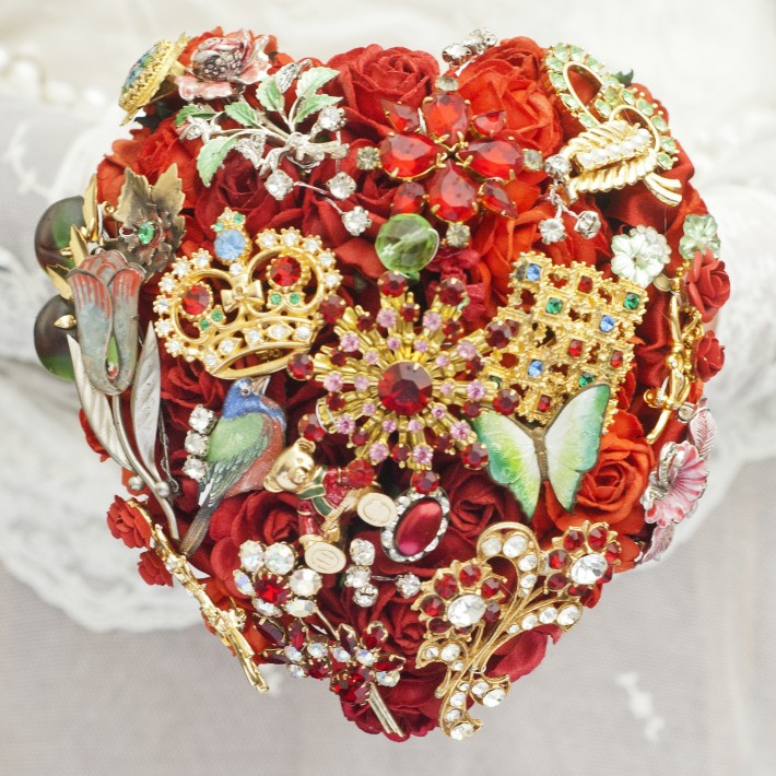 Red Heart Brooch Bouquet
